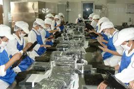 Công nhân sản xuất Rong biển
