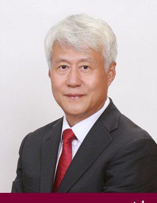 Hiệu trưởng trường đại học quốc gia Gangneung Woju